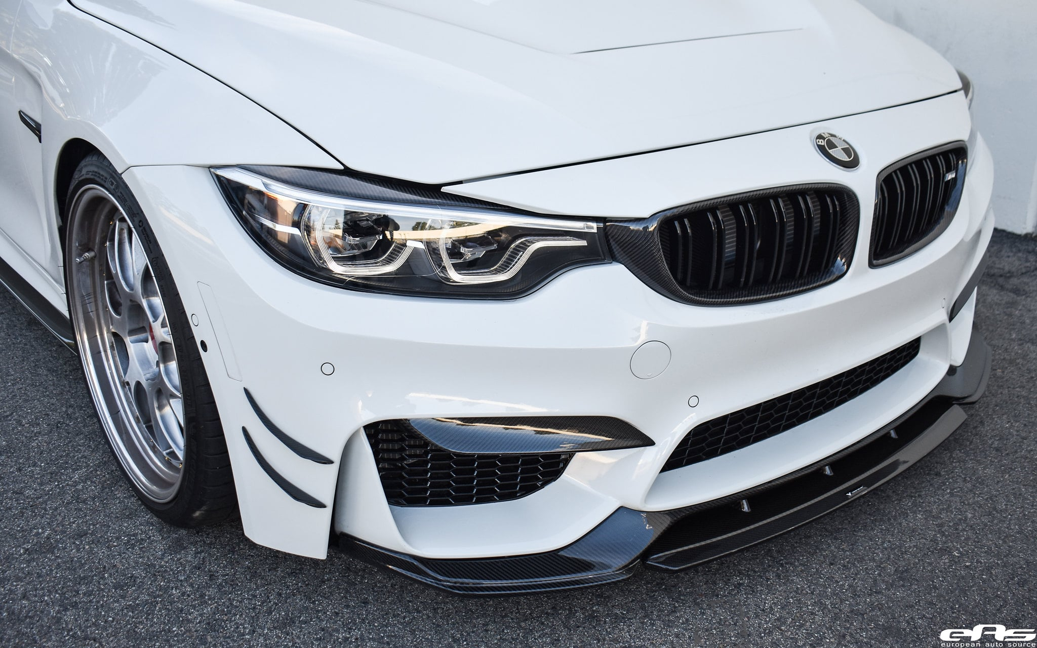 2020 Alpine White BMW M4 - EAS