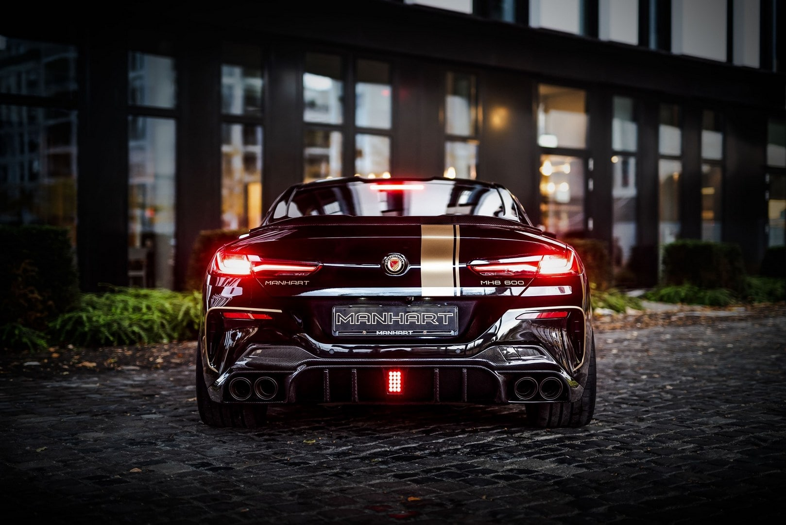 2020 BMW M850i Manhart