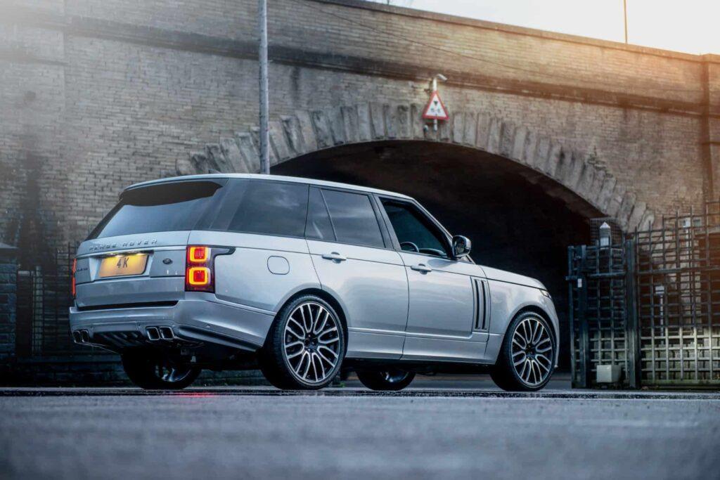 2020 Range Rover Vogue SE by Kahn