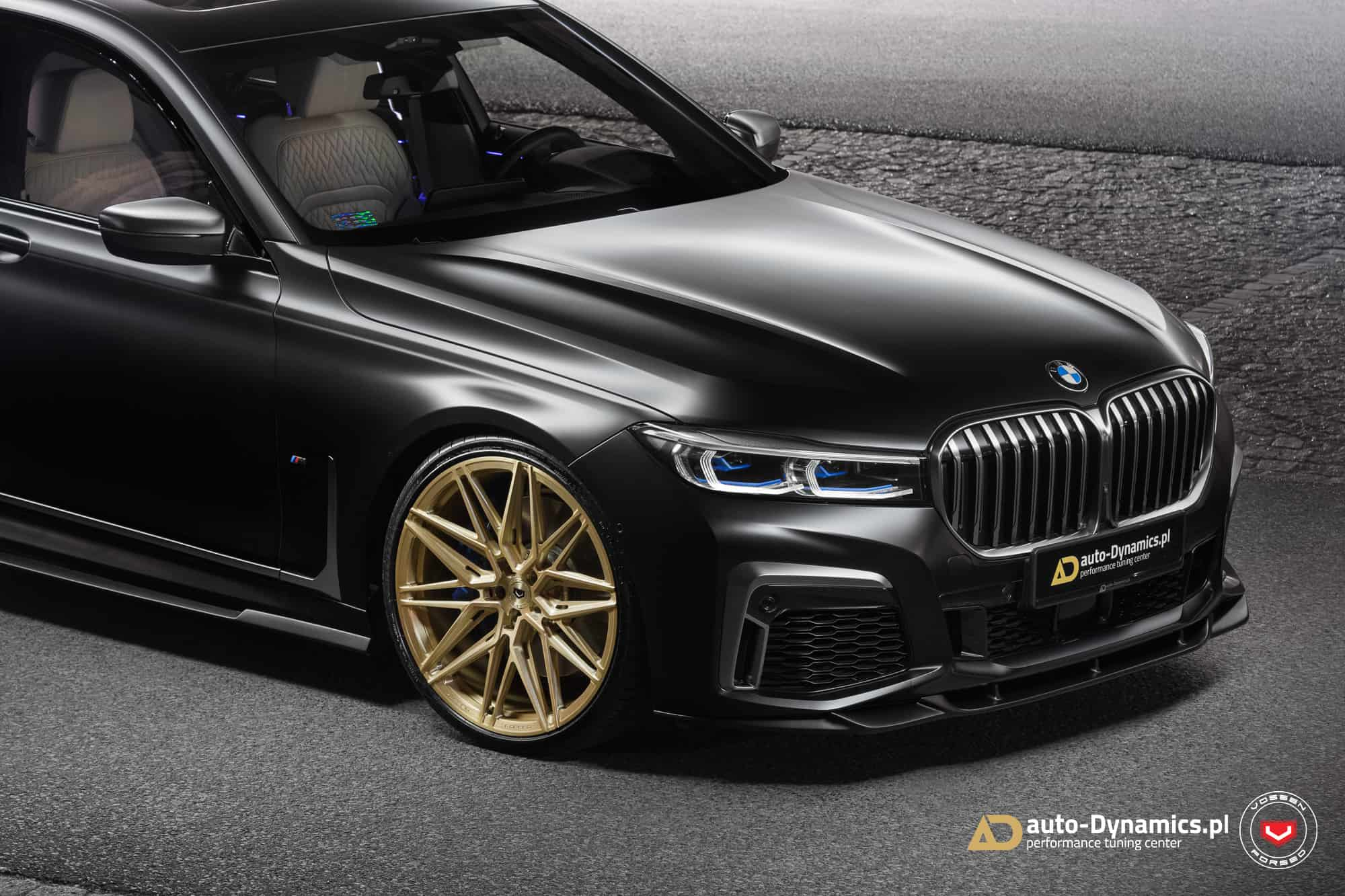 BMW M760Li with new Vossen Wheels and Paradigm aero kit