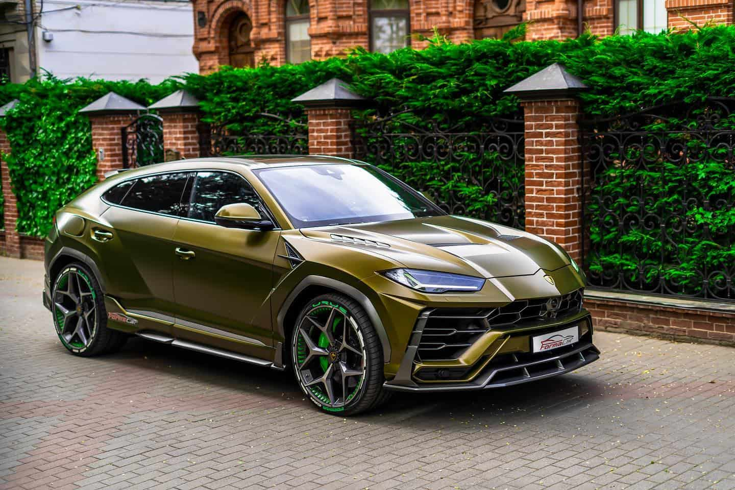 Lamborghini Urus Gets Tasteful Upgrade From SCL Global Concept