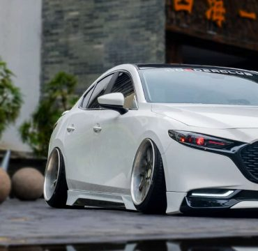 Mazda 3 Yofer body kit